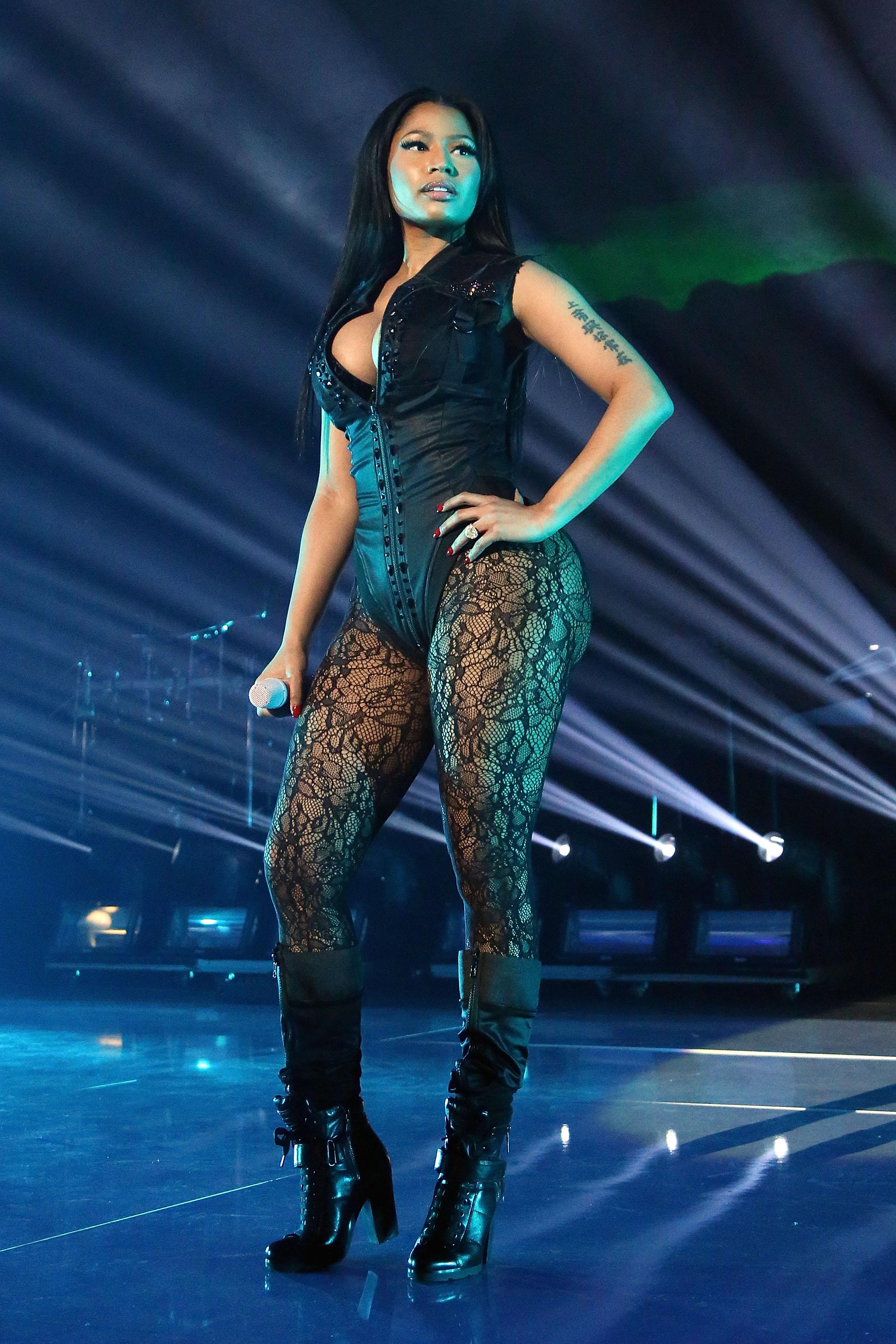 Nicki Minaj Argues Streaming Should Count Toward Album Sales Rolling Stone