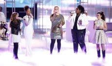 'The Voice' Recap: Kelly Clarkson Sings a Dolly Parton Classic
