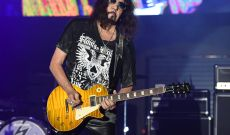 Ace Frehley Talks Guitar Solos, Kiss Reunion on Chris Shiflett Podcast
