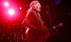 Willie Nelson Details His New Album 'Ride Me Back Home'
