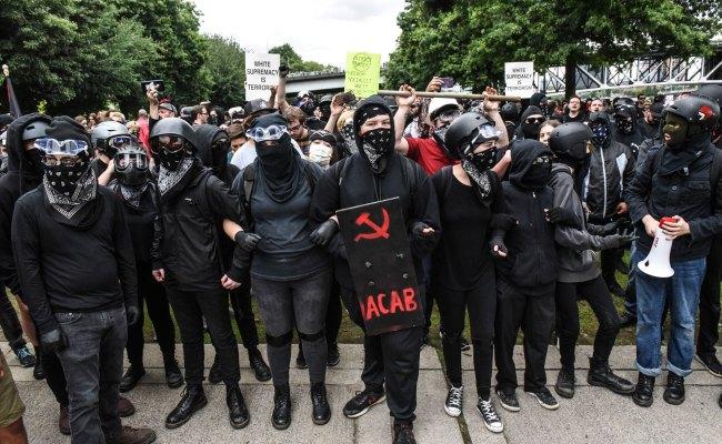 Proud Boys Dwarfed By Anti Fascist Protesters At Portland