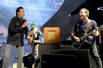Watch Black Keys Perform 'Lonely Boy' With Wayne Newton at Vegas Fest