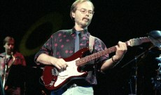 Walter Becker's Guitars, Amplifiers Fetch $3.3 Million at Auction