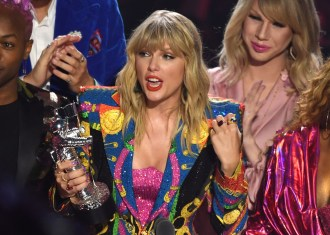 Can Taylor Swift Really Be Banned From Performing Her Old Albums?
