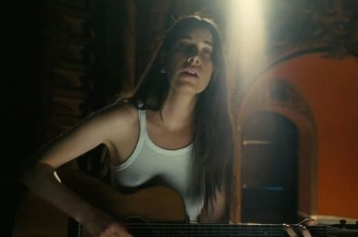 Haim Get Intimate With New Song 'Hallelujah'