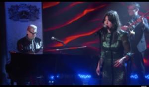 Watch Jeff Goldblum, Sharon Van Etten Play Jazz Song on 'Kimmel'