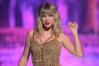 Taylor Swift Plans to Re-Record Her Hits. Here's What She Might Be Facing