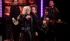 Tanya Tucker, Brandi Carlile Perform 'Hard Luck' on 'Ellen'