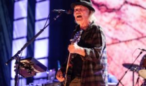 Neil Young Reverses 2020 Tour Stance, Planning Crazy Horse Trek