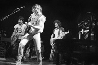 Neil Young Drops Vintage Crazy Horse Concert