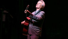 David Byrne Launches New Radio Show 'Here Comes Everybody'