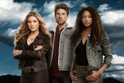 Katheryn Winnick, Ryan Philippe & Kylie Bunbury in Big Sky recensie op Disney Plus Star