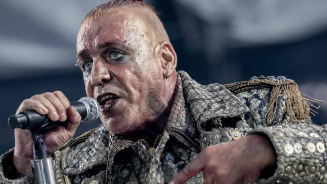 Till Lindemann, Sänger von Rammstein, im Olympiastadion in Berlin 2019