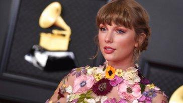 Taylor Swift ha parlato della nuova versione di 'Red': «È come un cuore spezzato»