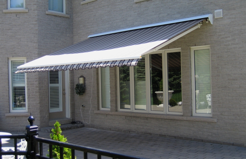 Motorized Awning Rolltec 174 Retractable Awnings Toronto