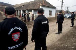 Les milices fascistes à Gyöngyöspata le 10 mars