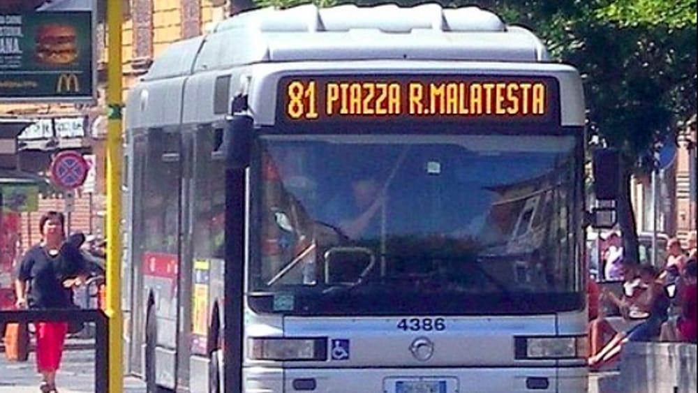 Roma, troppi gli incendi dei mezzi pubblici ATAC occorsi in un anno.