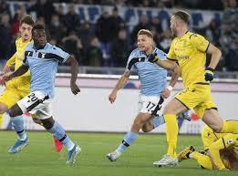 Calcio: l'Hellas Verona ferma la marcia della Lazio.