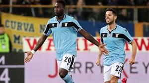 La Lazio vince a Parma e, per il momento, si stacca dalla zona Champions.