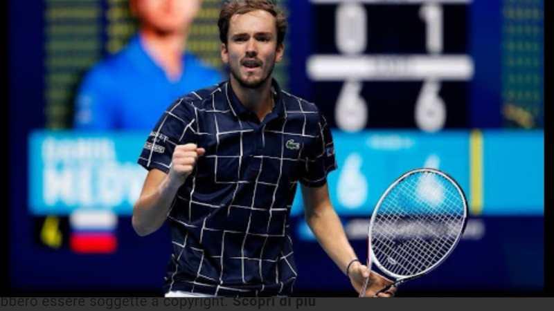 """Tennis: Il titolo di """"Maestro del tennis 2020"""" va a Medvedev."""