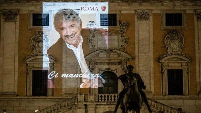 Funerali Gigi Proietti, diretta tv sulla Rai