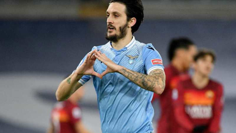 """Lazio – Roma 3-0. I Biancocelesti nel derby """"strapazzano"""" i giallorossi."""