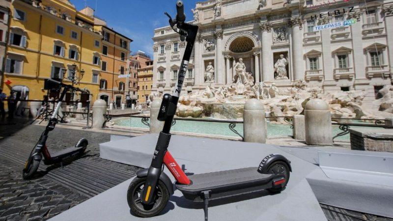 Campidoglio, nuovi parcheggi riservati per monopattini e biciclette in centro città