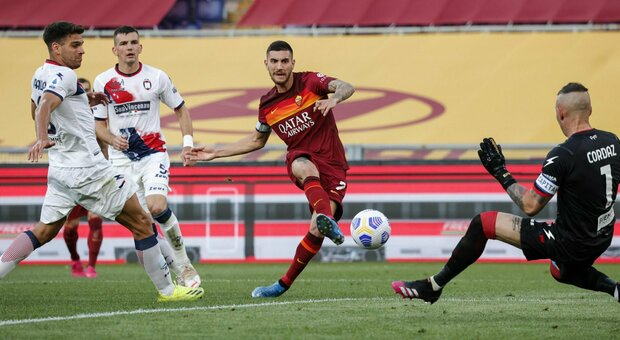 Roma 5-0 Crotone: i giallorossi dilagano nel secondo tempo