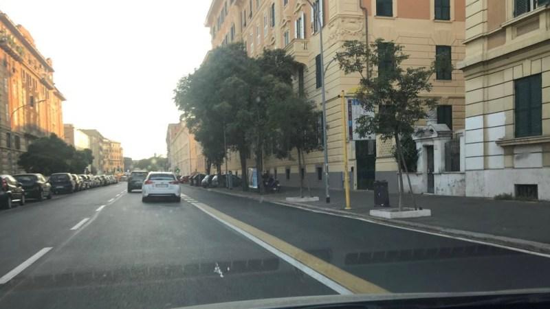 """Roma, Scuola Carducci: Giuliano-Conti-De Simone (FDI) """" Mettere in sicurezza l'ingresso dell'istituto"""""""