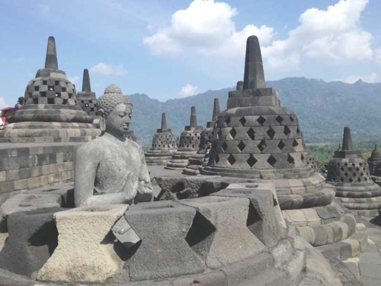 Kerajaan Hindu Dan Kerajaan Budha Di Indonesia