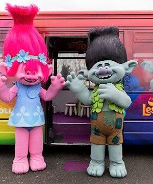 Les TROLLS bus pour Dreamworks Crédit Photo : Patrick Lazic