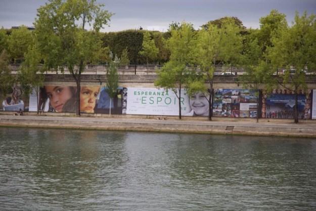 Portait de réfugié - Rêve d'Humanité Reza Deghati - Quais Seine Paris