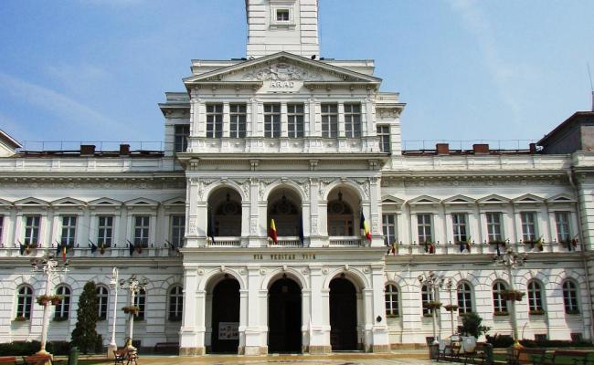 Romania Travel Five Reasons To Visit Arad Romania Insider
