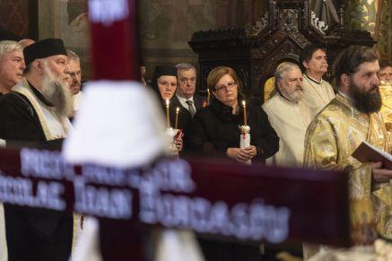 Bordasiu inmormantare3 - Foto Raluca Ene - Basilica.ro