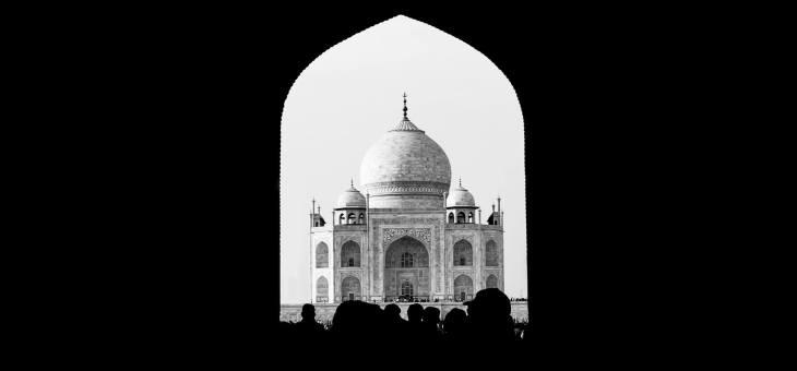 INCREDIBLE INDIA II : Legendárny Taj a ružové mesto