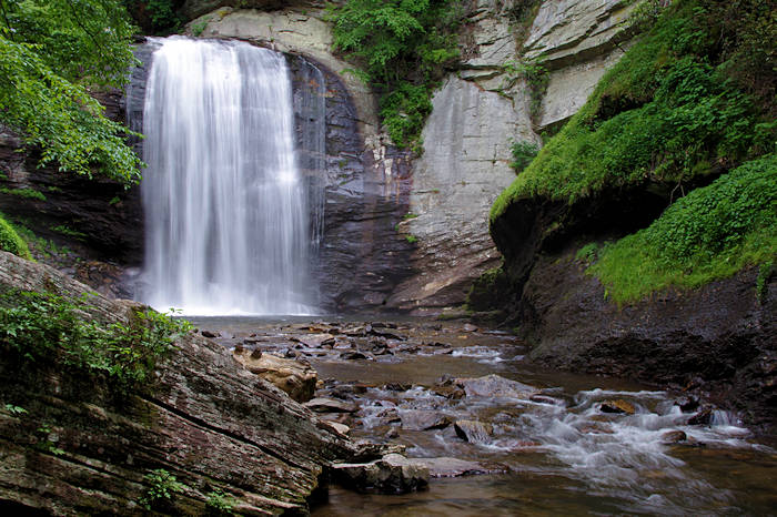 Looking Glass Falls Wallpaper Skinny Dip Falls Blue Ridge Parkway Waterfall