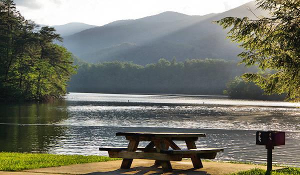 7 Great Lakes Near Asheville