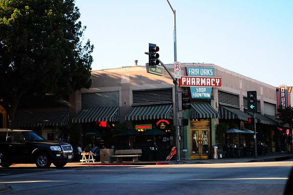 Fair Oaks Pharmacy, Los Angeles