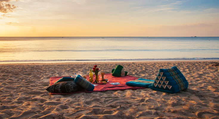 Romantic Picnic in Phuket