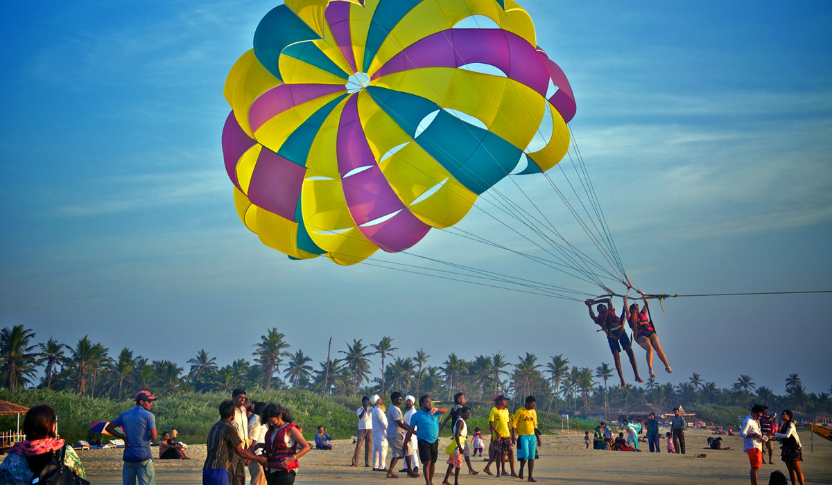Parasailing-in-Goa