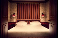 Hotel Bourg-Tibourg - romantic hotel in Paris
