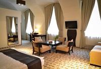 Romantic Buda Castle Fashion Hotel