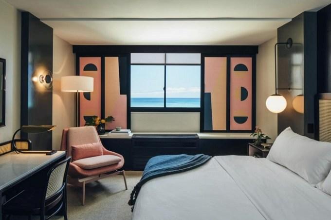 Romantic suite in Hotel Renew by Aston, Honolulu
