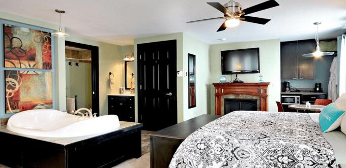 Fireplace Jacuzzi Suite in Prairieside Suites, Grand Rapids, Michigan