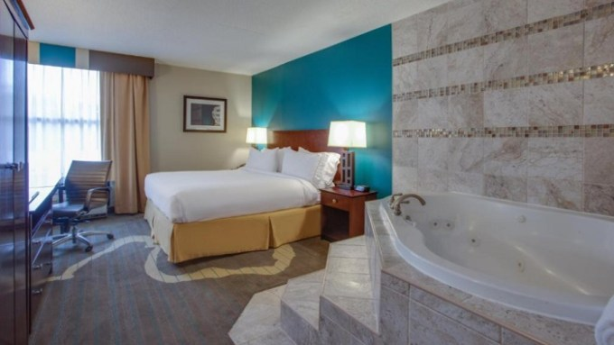 Jacuzzi room in Holiday Inn Express Washington DC East- Andrews AFB