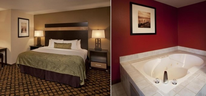 King suite with a hot tub in the room in Red Lion Inn & Suites Kent - Seattle Area, WA