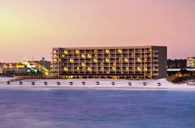 The beachfront hotel, Four Points by Sheraton Destin - Fort Walton Beach, FL