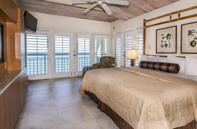 Beachfront suite in Galleon Resort and Marina, Key West, Florida