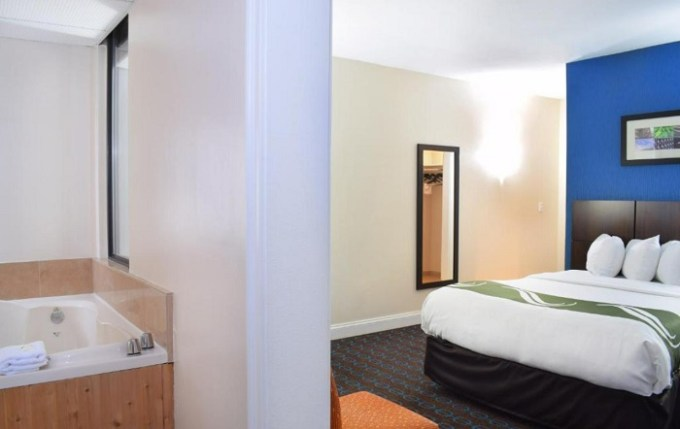 Room with private, 2-person hot tub in Quality Inn and Suites Newport - Middletown, RI