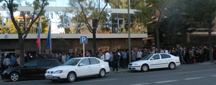 9 sectii de votare pentru sute de mii de romani in Spania